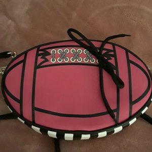 Betsey Johnson Bags - Betsey Johnson Lbrush Crossbody